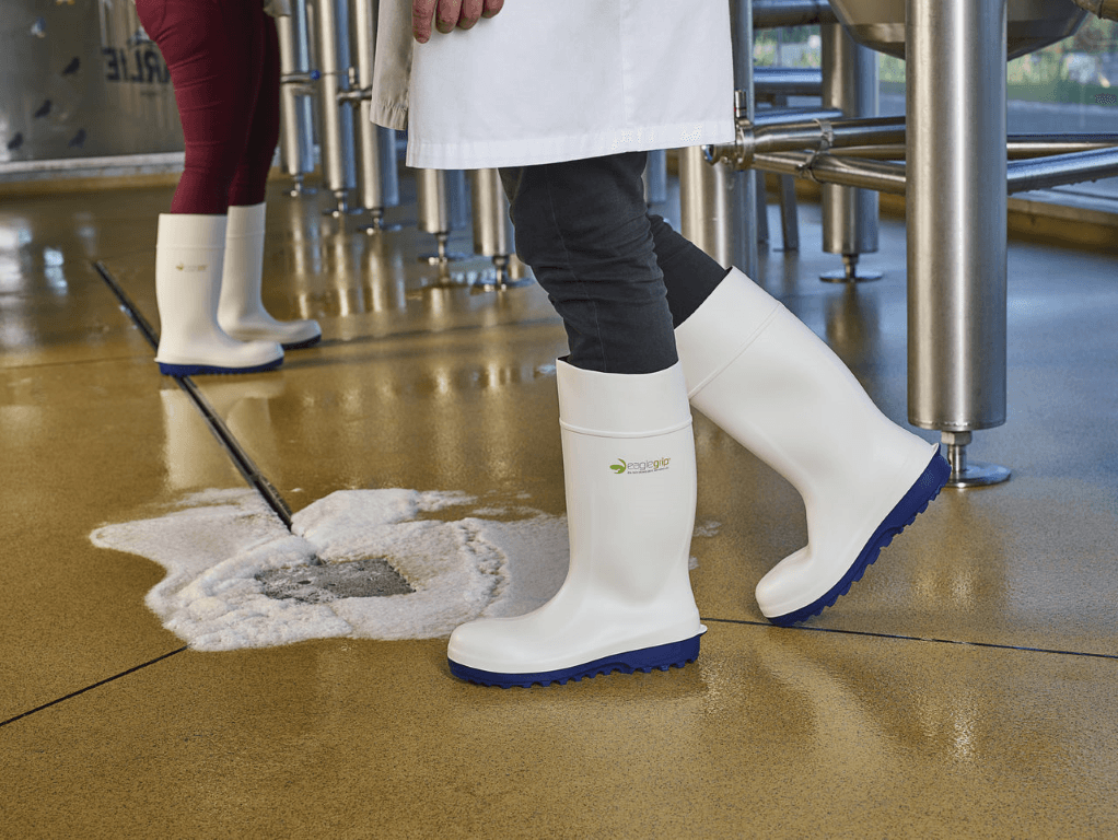 Polyurethane safety boots in the food industry